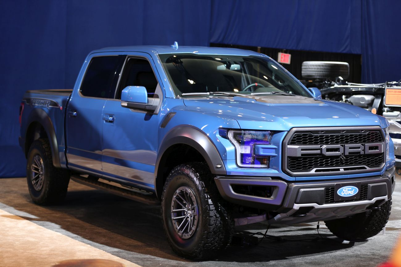 2019 Ford F-150 Raptor: Predator of the Roads - Autoversed