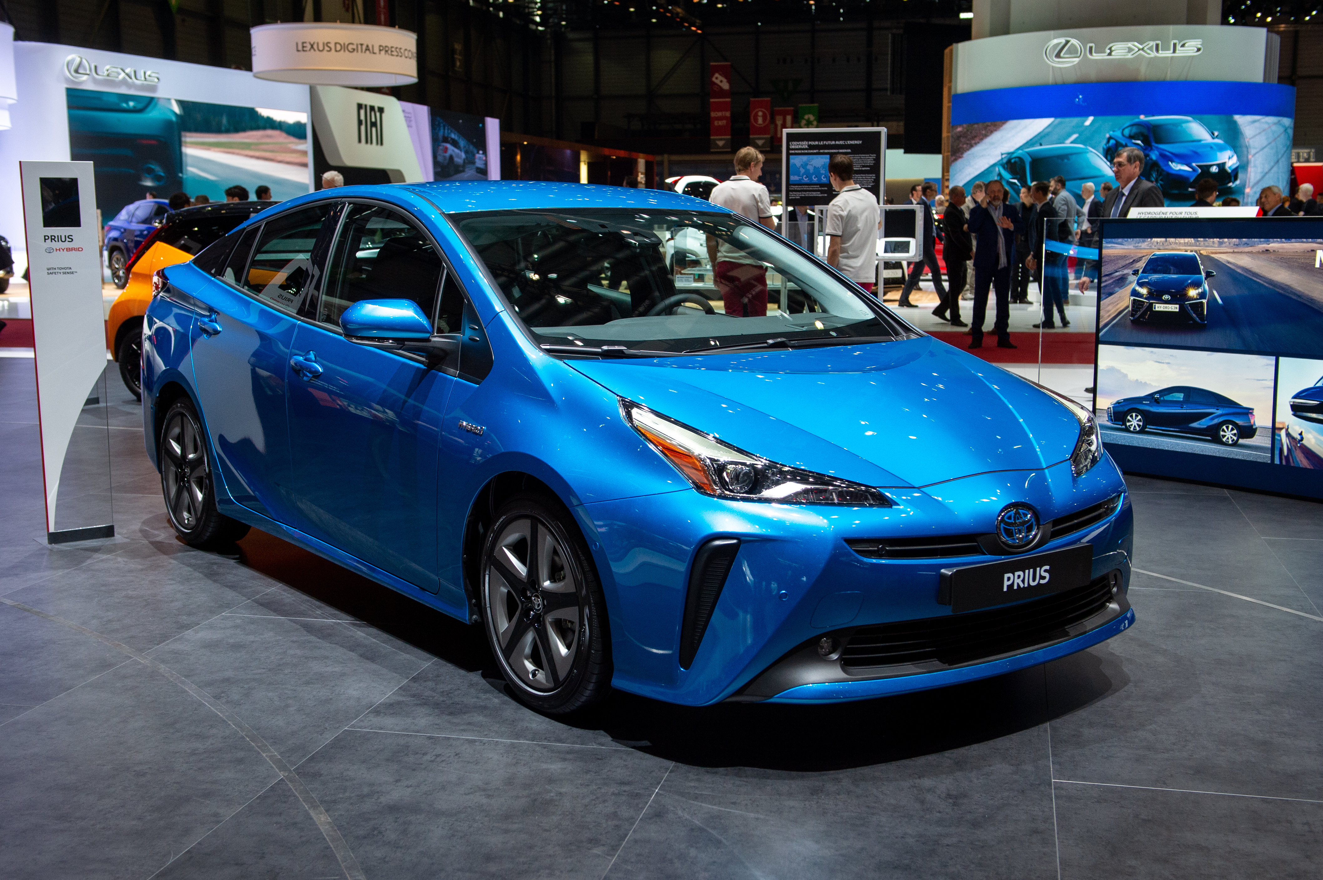 Inside The 2020 Toyota Prius Prime A Plug In Hybrid With